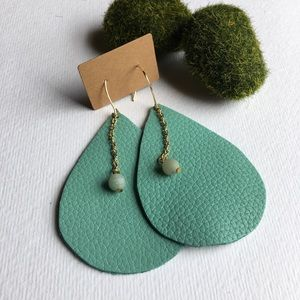 Leather Earrings E24